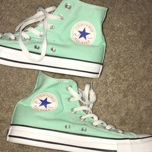 High Top Converse Sneakers authentic